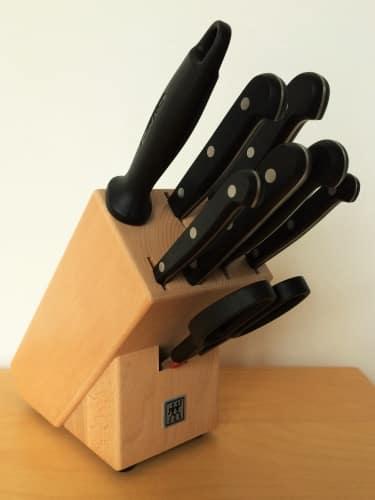 zwilling messerbl cke infos zu herstellung und philosophie. Black Bedroom Furniture Sets. Home Design Ideas